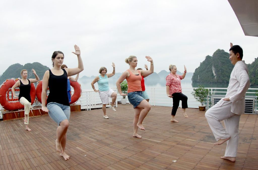 Tai Chi Class on Sealife Cruise – Bai Tu Long Bay